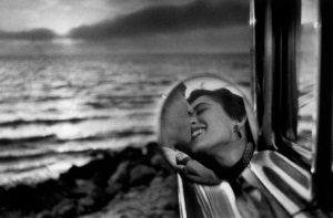 Elliott Erwitt, Santa Monica, California