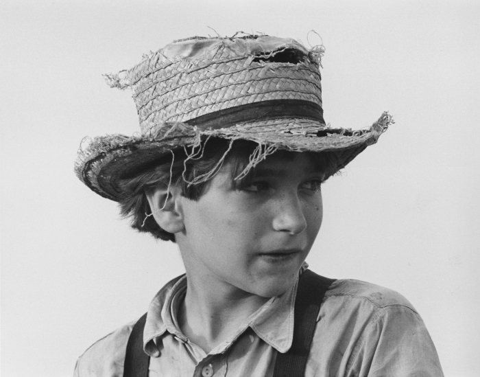 George Tice, Amish Boy with Straw Hat