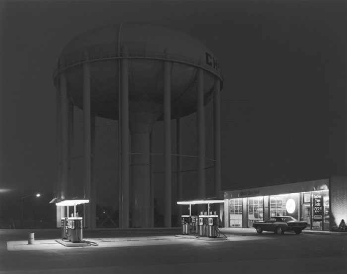 George Tice, Petit's Mobil Station