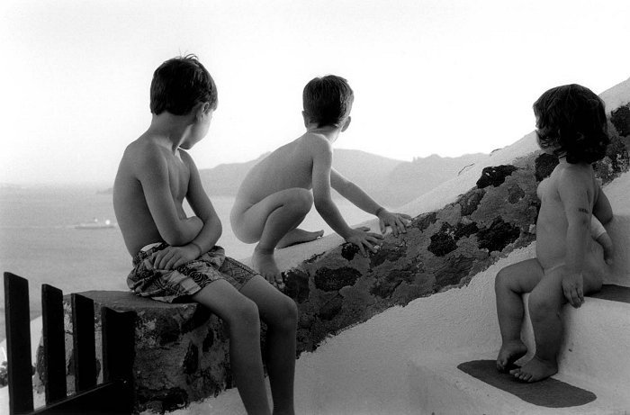 Three Children, Santorini