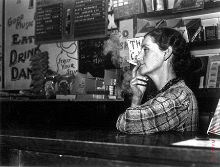 Carl Mydans, Barmaid in the Oil Boom