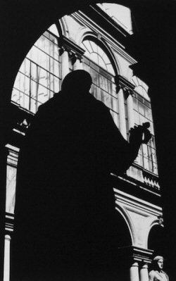 Ralph Gibson, Silhouette/Statue