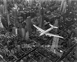 Margaret Bourke-White, DC-4 flying over New York City