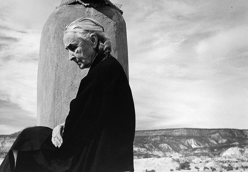John Loengard, Georgia O'Keeffe on Roof, Ghost Ranch