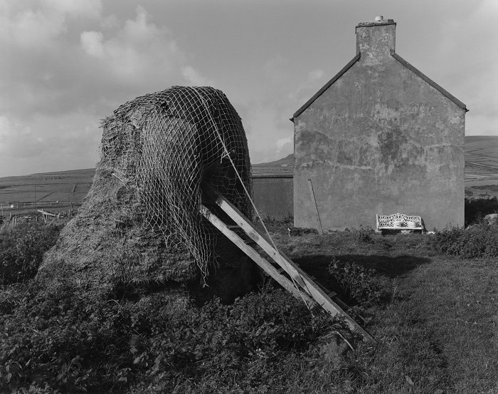House and Haystack, Dunquin